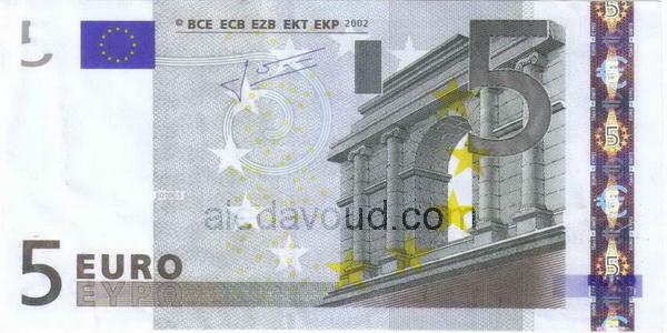 ۵-euro1
